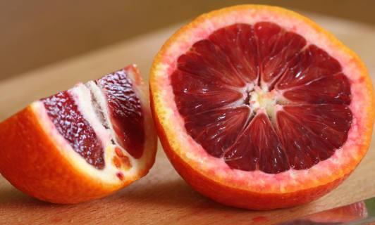 Promoting Sicilian red-oranges
