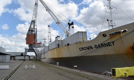 First chilled ship with citrus from SA docks in Rotterdam port